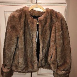 BNWT Zara faux fur jacket SZ xs